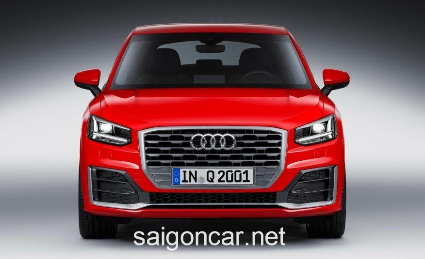 Audi Q2 Trong Dem