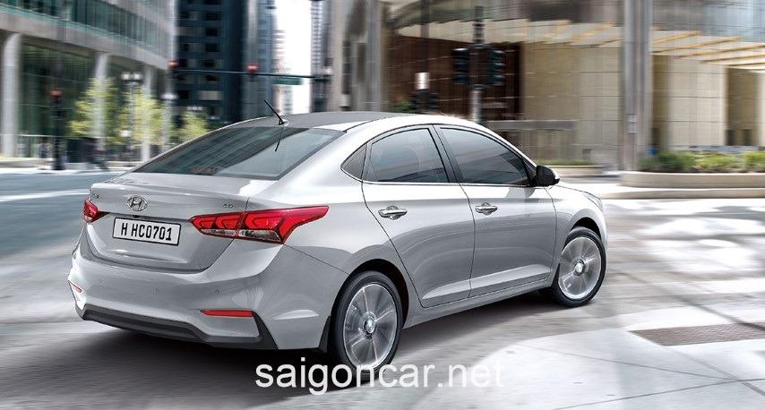 Hyundai Accent Den Hau