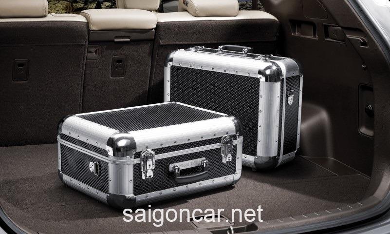 Hyundai Santafe Khoang Hanh Ly