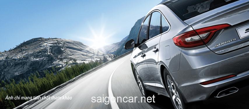 Hyundai Sonata Den Xe Trai