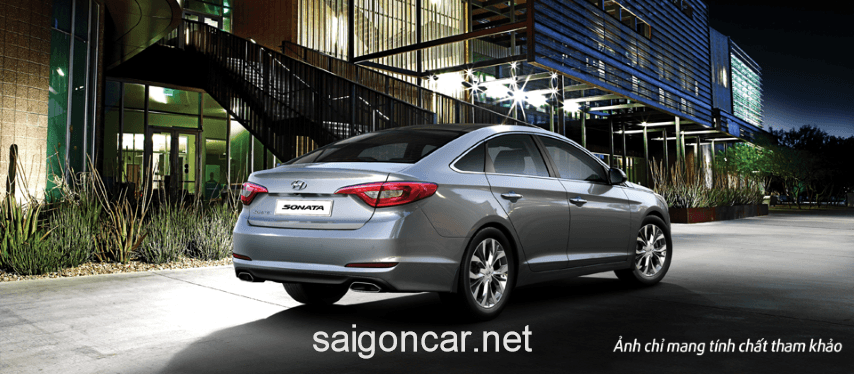 Hyundai Sonata Duoi Xe