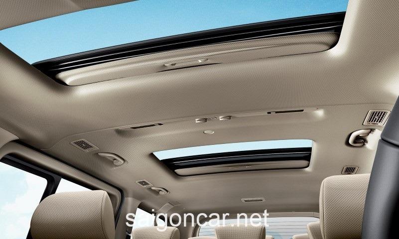 Hyundai Starex Cua Troi