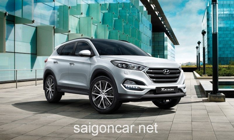 Hyundai Tucson Den Truoc