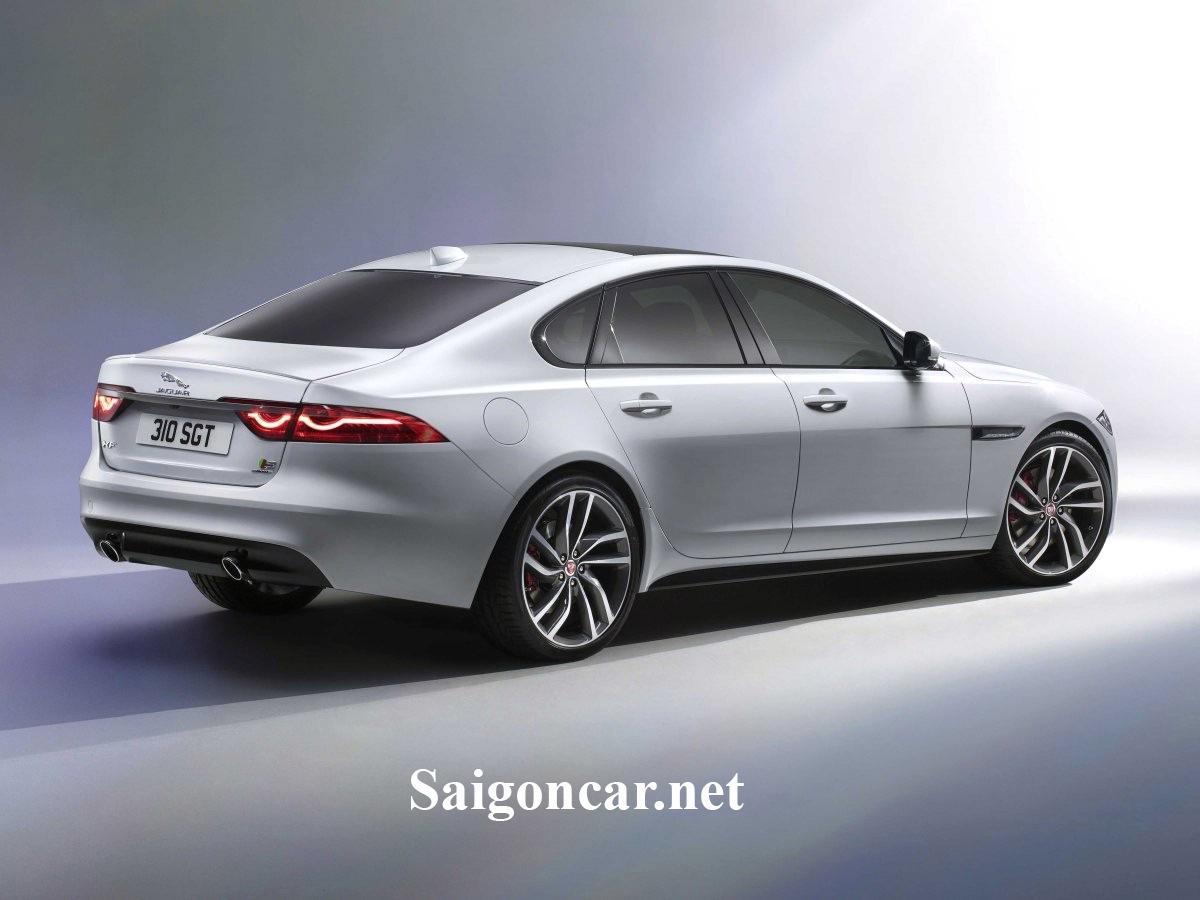 Jaguar XF sieu xe