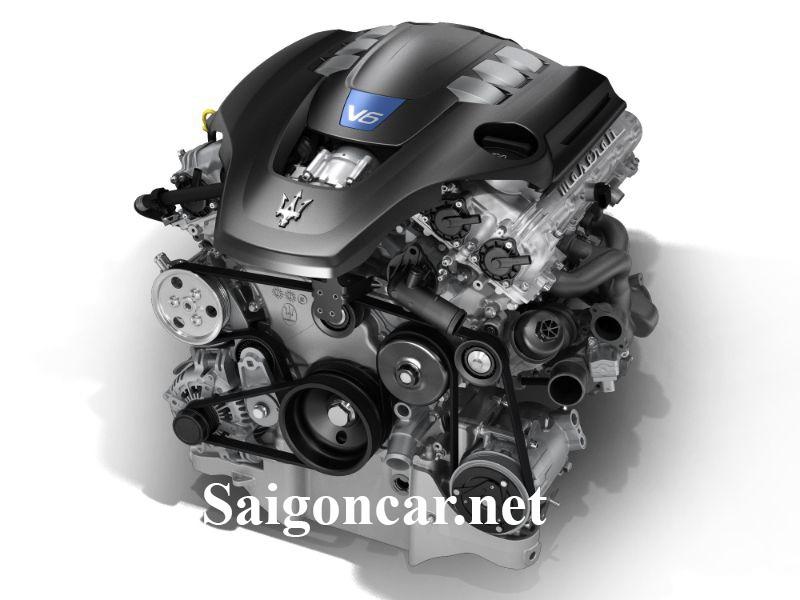 Maserati Quattroporte trang bị động cơ vận hành mạnh mẽ