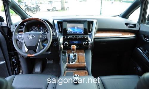 Toyota Alphard Vo Lang