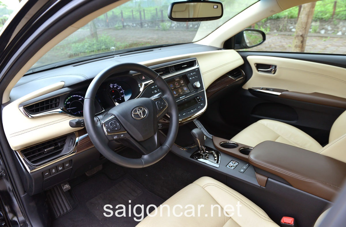 Toyota Avalon Khoang Hanh Khach