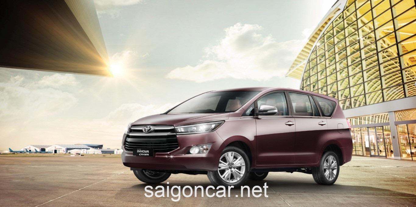 Toyota Innova Hong Xe