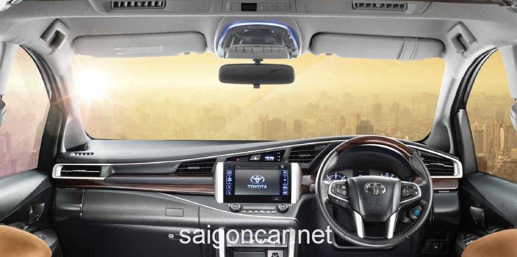 Toyota Innova Noi That