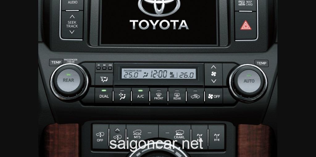 Toyota Land Cruiser Prado DVD