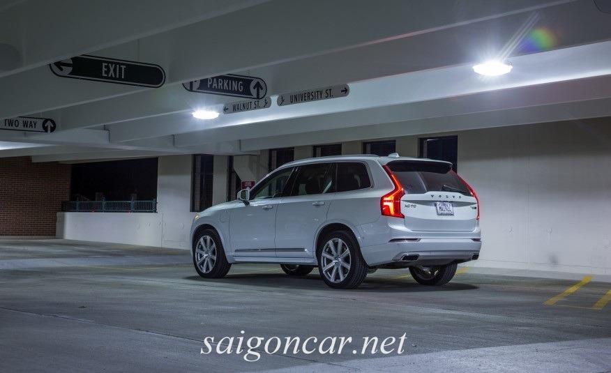 Volvo XC90 Duoi Xe