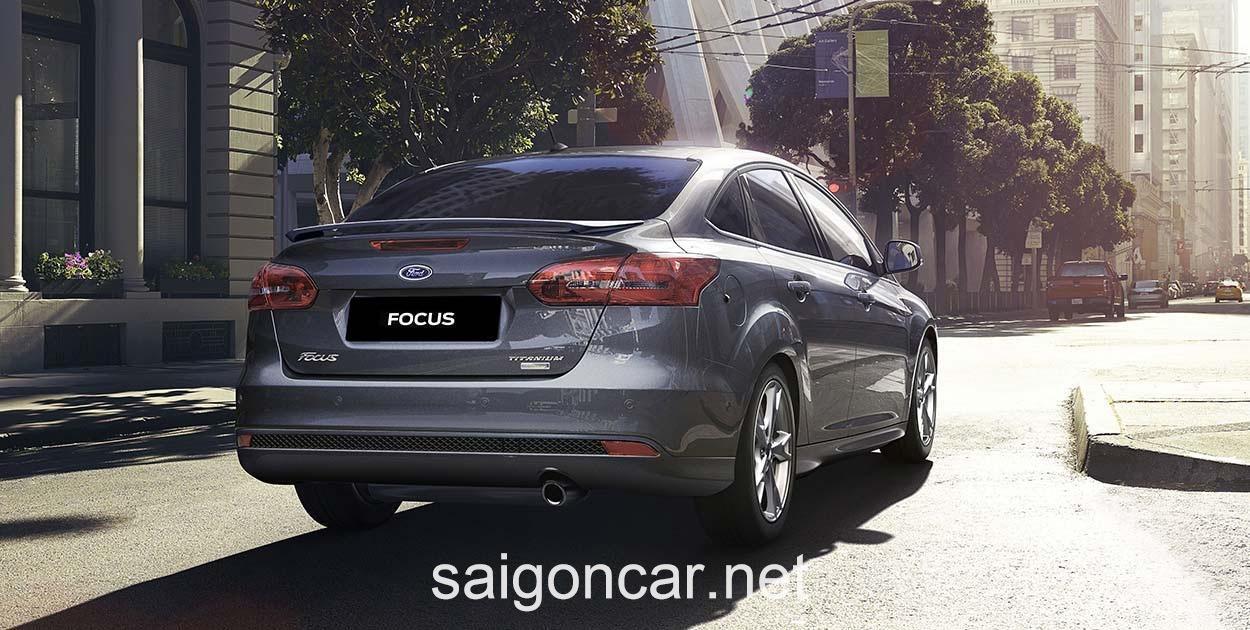 Ford Focus Duoi Xam