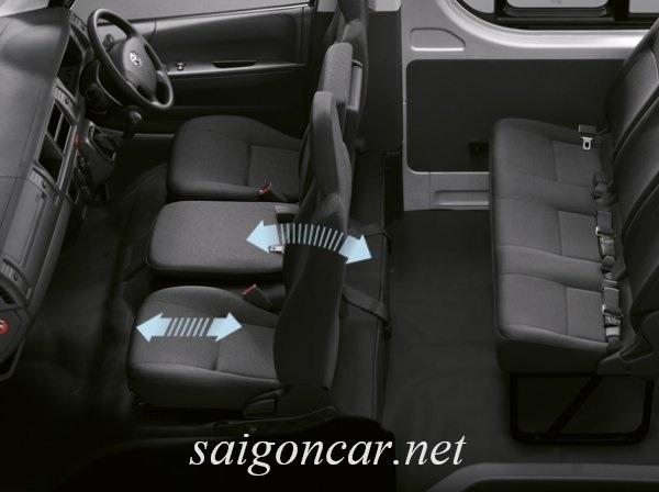 Toyota Hiace Hang Ghe Ngoi