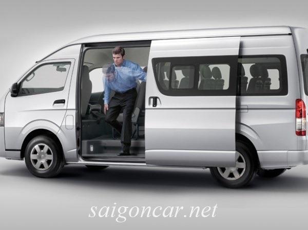 Toyota Hiace Hong Xe