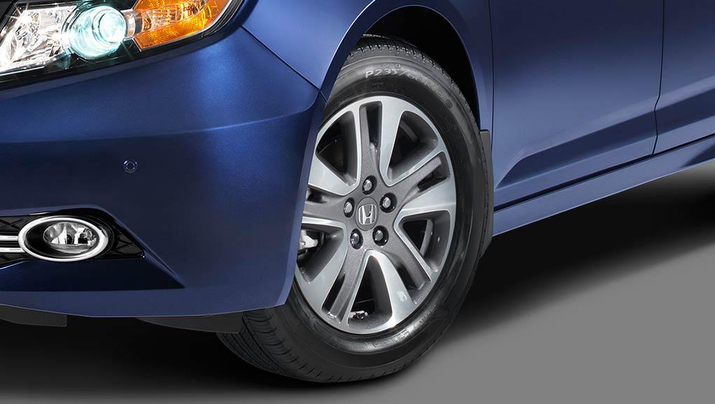 Honda Odyssey Den Trai