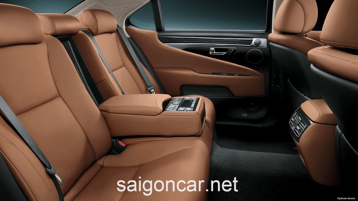 Lexus LS 460L Ghe Da