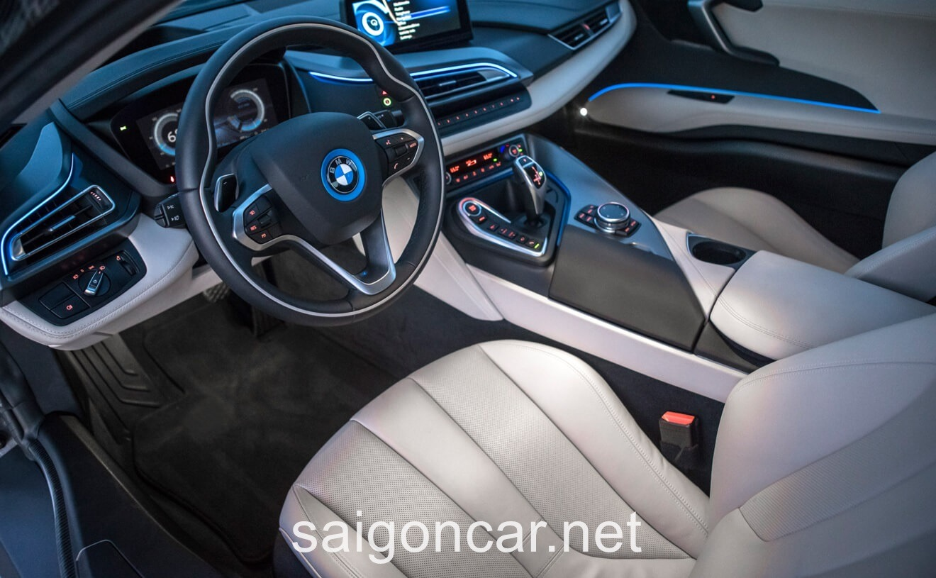 BMW i8 Noi That