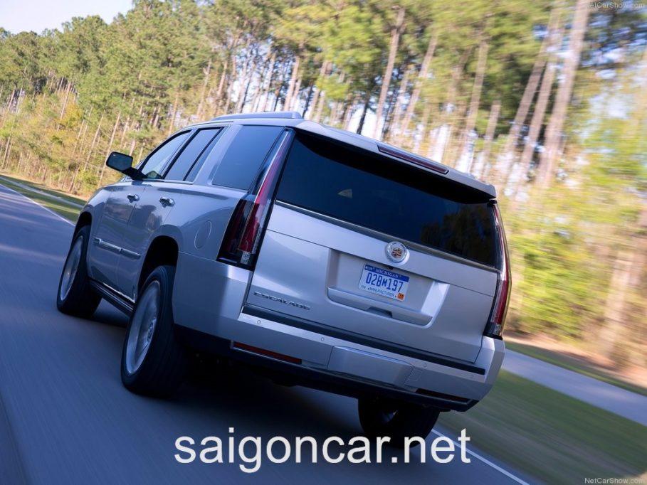 Cadillac Escalade Duoi Xe