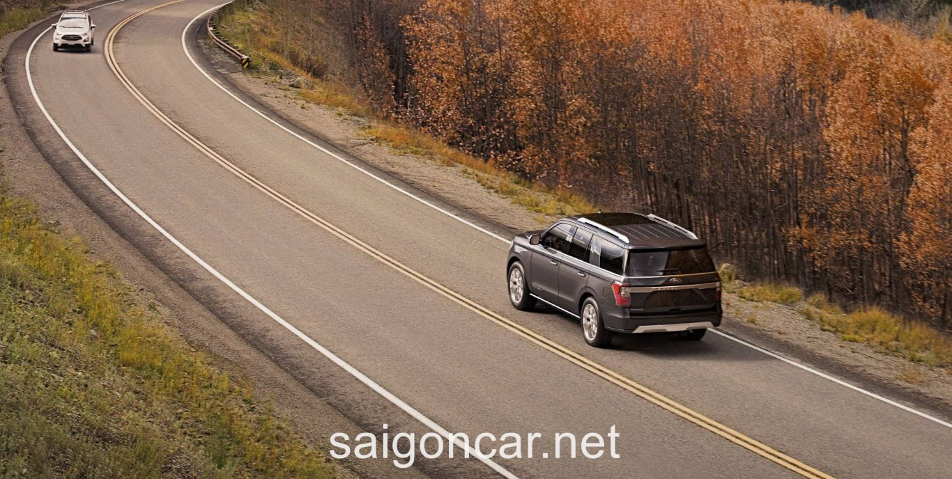 Ford Expedition Duoi Xe