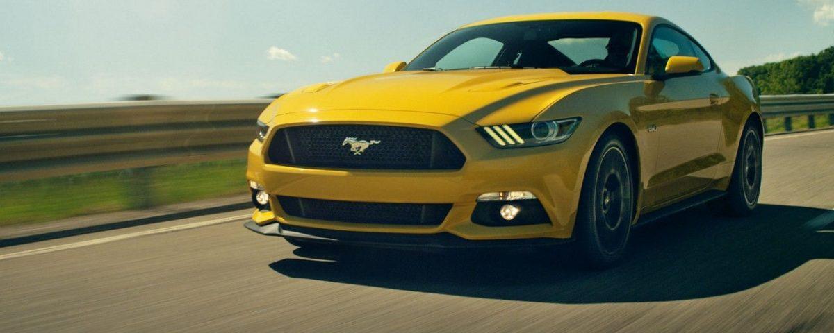 Ford Mustang Dau Vang