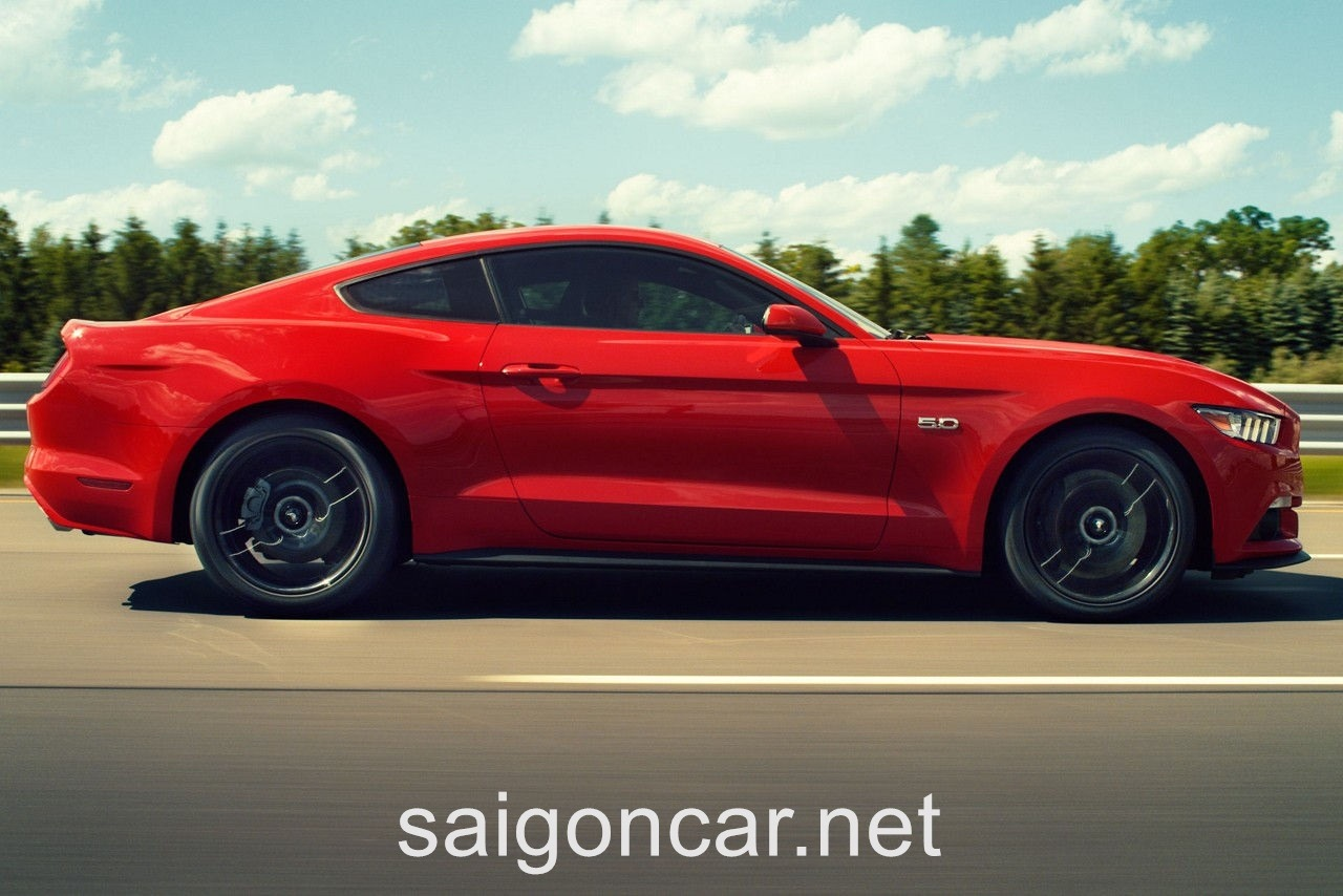 Ford Mustang Hong Do 2