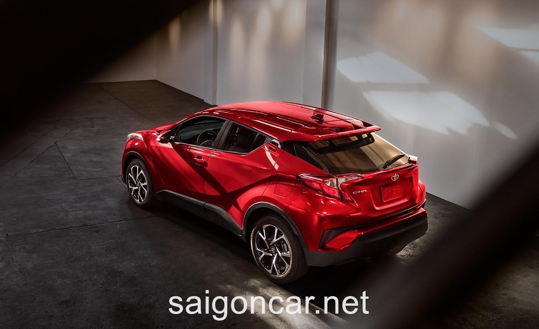 Toyota C-HR Tong Quan