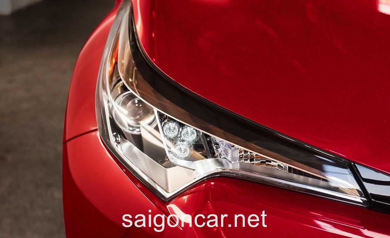 Toyota C-HR Xi Nhan
