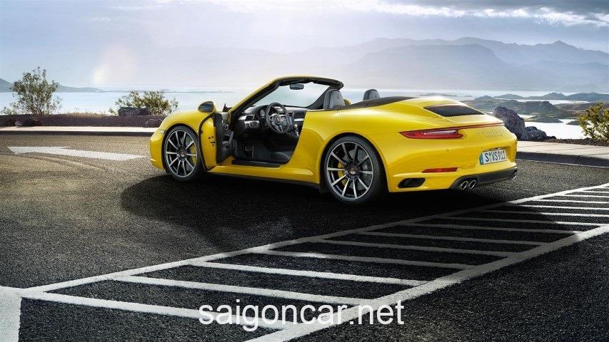 Porsche 911 Hong Vang
