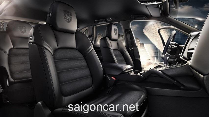 Porsche Cayenne Hang Ghe