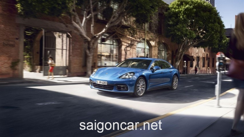 Porsche Panamera Dau Xanh