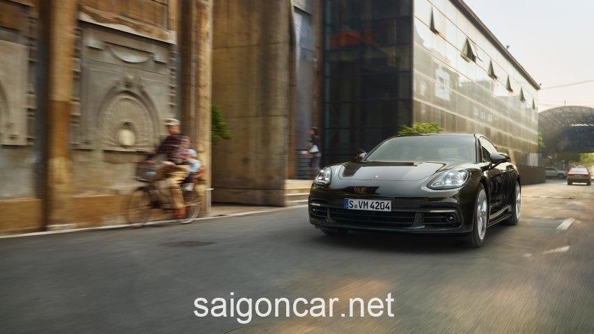 Porsche Panamera Dau Xe
