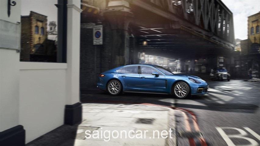 Porsche Panamera Hong Xe