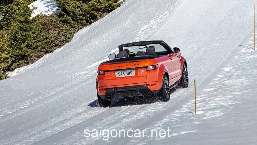 Range Rover Evoque Duoi Xe
