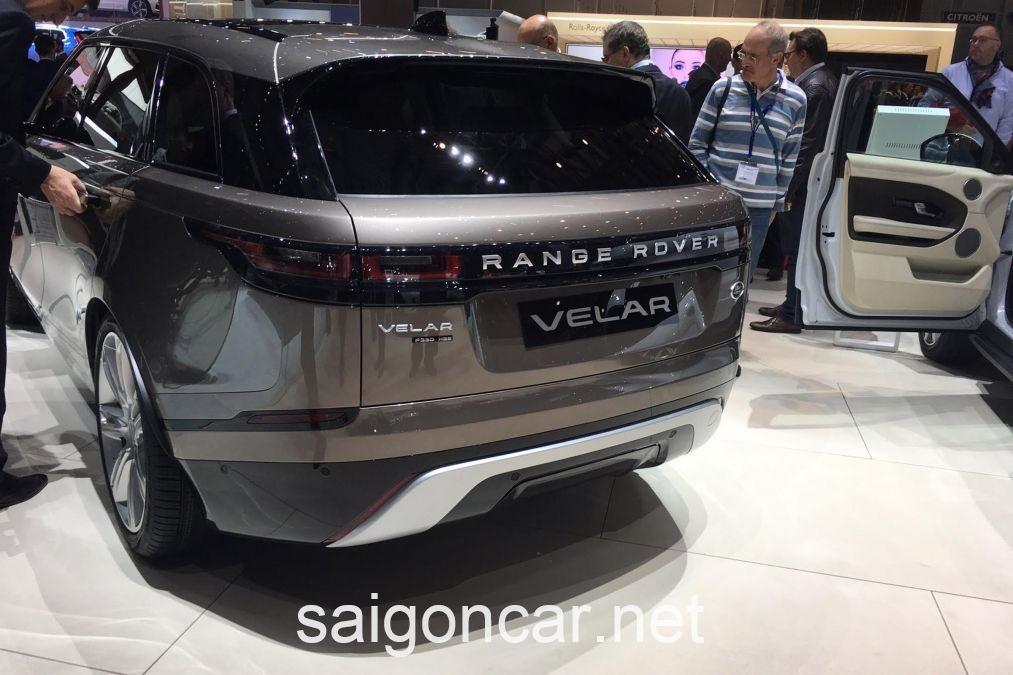 Range Rover Velar Duoi Xe
