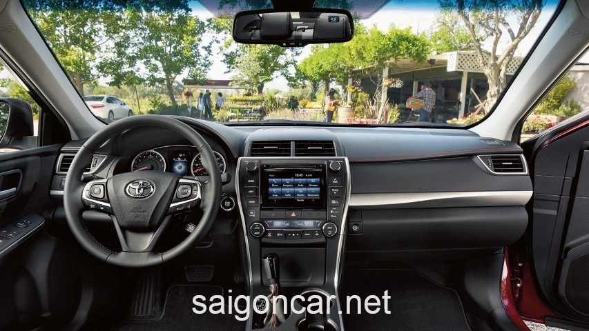 Toyota Camry LE Vo Lang