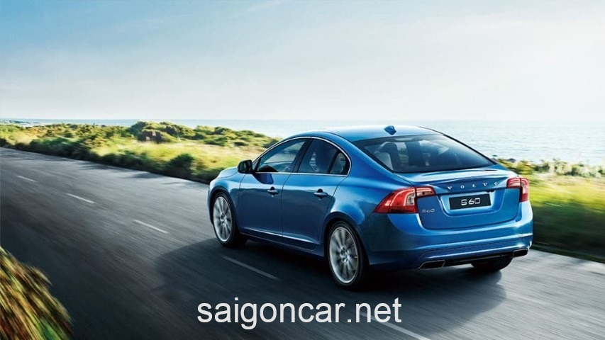 Volvo S60 Dong Co Xanh