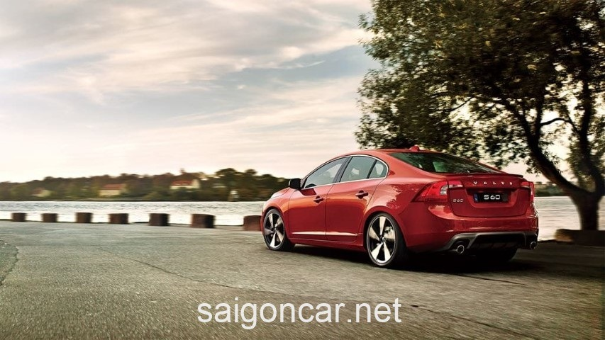 Volvo S60 Duoi Do