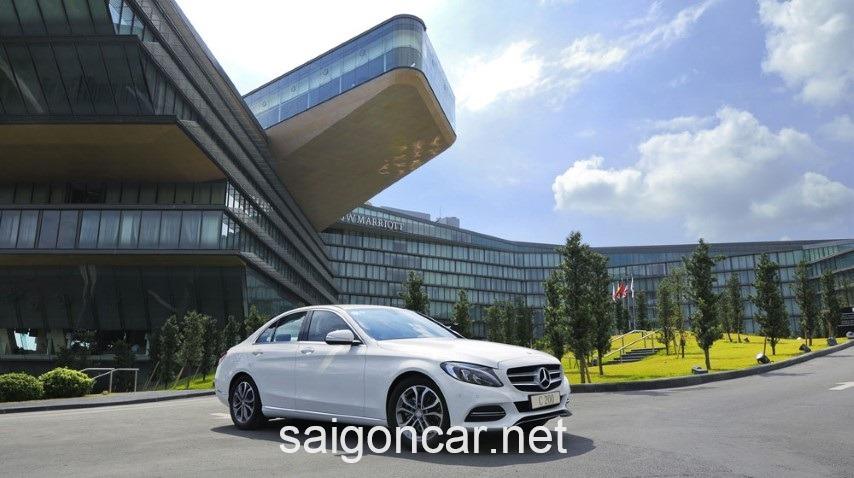 Mercedes C200 Tong Quan