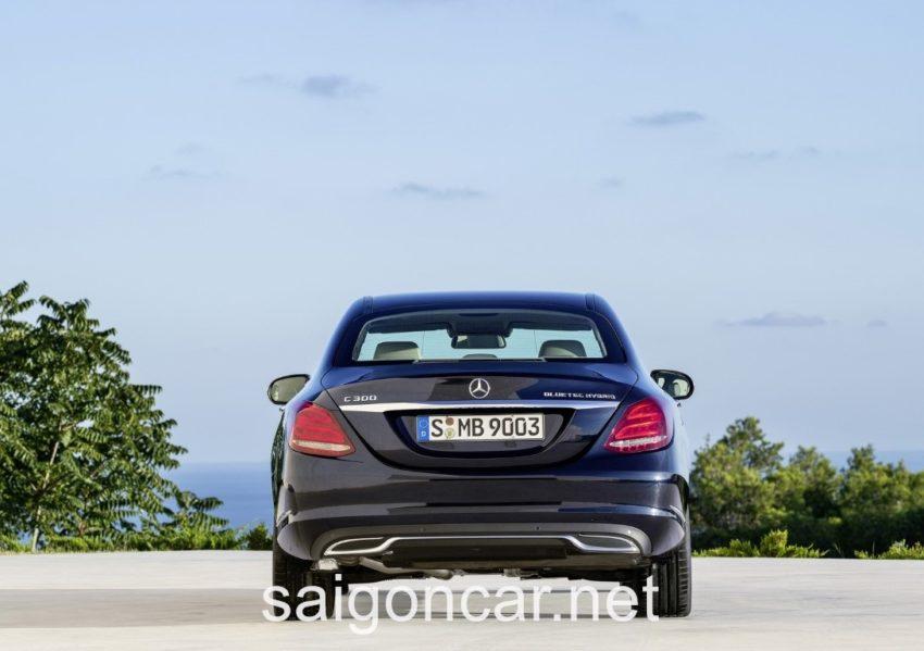 Mercedes C300 Duoi Xe