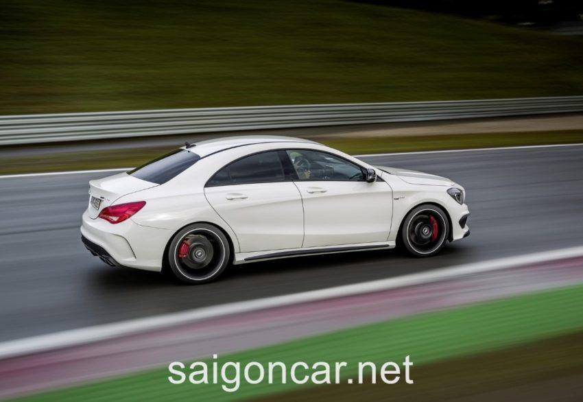 Mercedes CLA 45 Phanh Xe