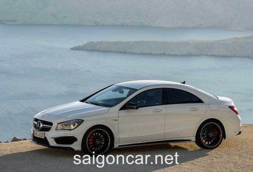 Mercedes CLA 45 Tong Quan