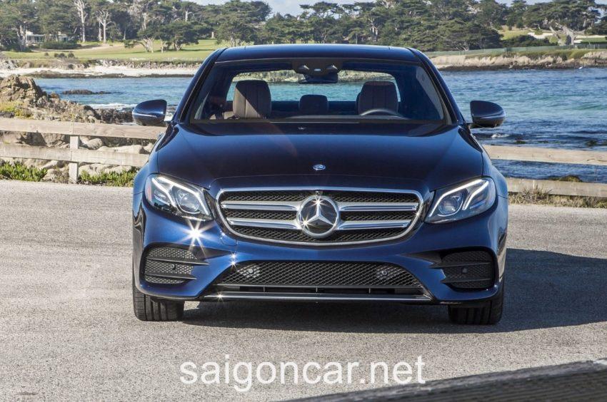 Mercedes E300 Dau Xanh