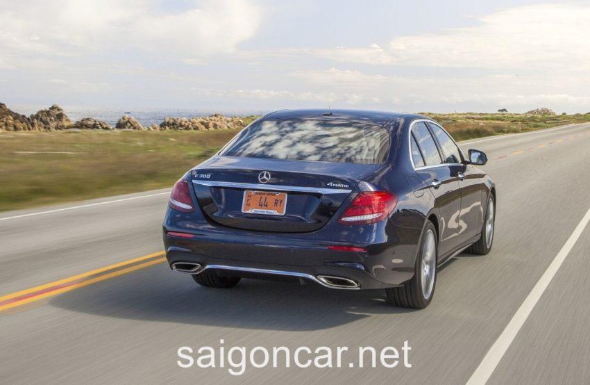Mercedes E300 Duoi Xe