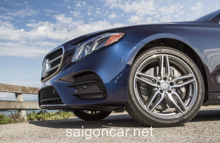 Mercedes E300 La Zang