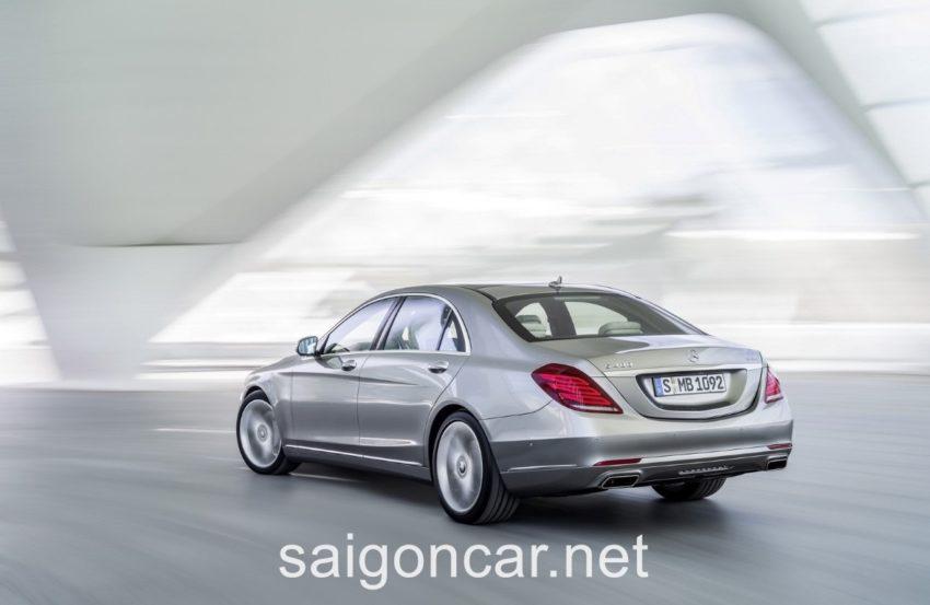 Mercedes S400L Duoi Xe
