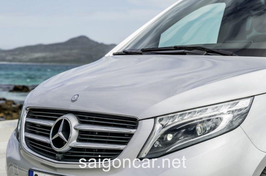 Mercedes V 250 Den Truoc