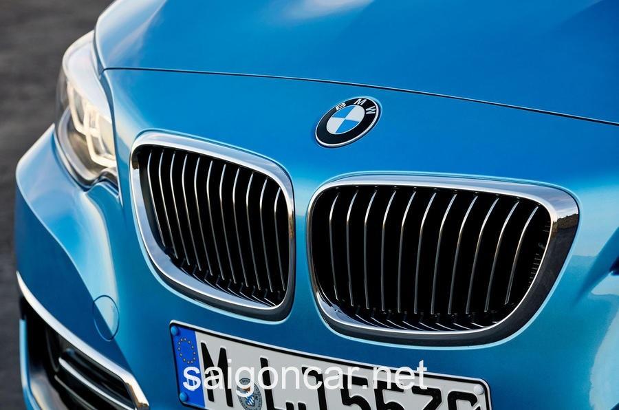 BMW 218i Luoi Tan Nhiet