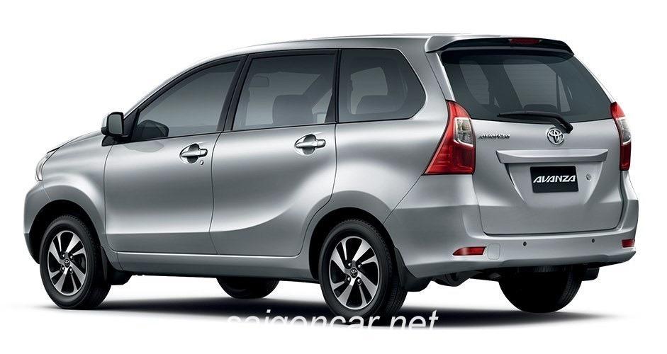 Toyota Avanza Duoi Xe