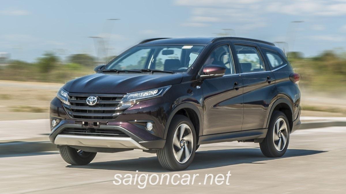Toyota rush 2018 den xe