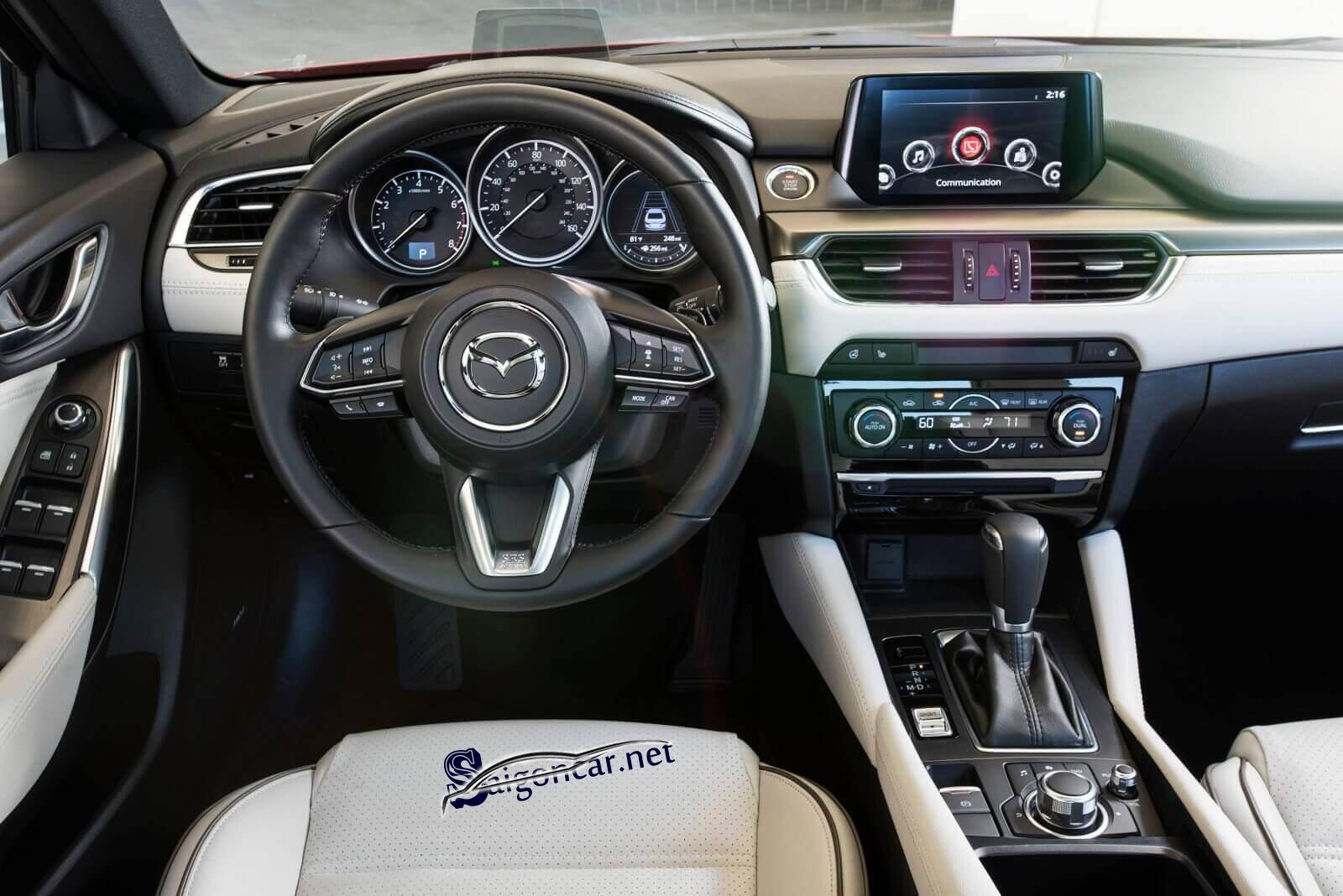 Nội thất Mazda 2